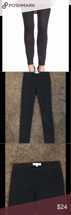 🆕 Gray Leggings Great leggings in excellent condition. Thicker style and can be worn for work out or every day wear. Fits up to size 4/5 Two by Vince Camuto Pants Leggings