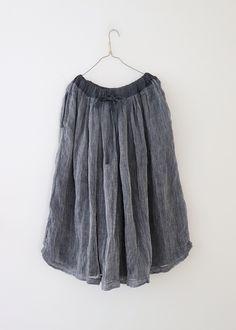 라르니에 정원 LARNIE Vintage&Zakka Suit Of Armor, Fashion Beauty, Womens Fashion, Linen Dresses, Winter Wardrobe, Cotton Linen, Frocks, Tie Dye Skirt, Pants For Women