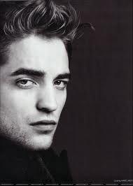 the twilight saga! Robert Pattinson as EDWARD! Robert Pattinson, Pretty People, Beautiful People, Divas, Robert Douglas, Estilo Fashion, Male Magazine, Raining Men, Portraits