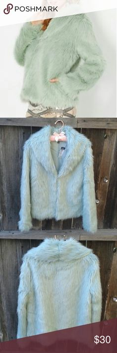 💛Mint Green Faux Fur Oversided Coat💛 Super cute & comfy, pastel, faux fur jacket new with tag! Has several hooks in the front, doesn't shed, fully lined inside, and an oversized fit! Sizes S/M or L/XL. Rue 21 Jackets & Coats Puffers