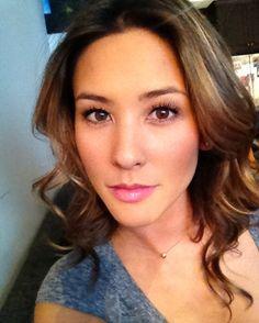 Cassandra Lee (Kaitlyn Leeb).