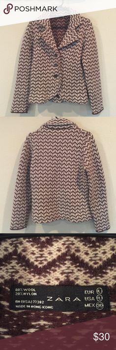Zara wool blend knitted blazer Beautiful knitted sweater/blazer with chevron pattern. 80% wool. A beautiful addition to any wardrobe! Zara Jackets & Coats Blazers