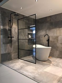 Modern Bathroom Designs modern concrete bathroom design How To Buy A Persian Rug A Persian rug is no Bathroom Showrooms, Bathroom Renovations, Modern Bathroom Design, Bathroom Interior Design, Bathroom Designs, Baths Interior, Modern Design, Pinterest Bathroom, Beton Design
