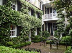 Historic Charleston Courtyard - traditional - Landscape - Charleston - Dargan Landscape Architects