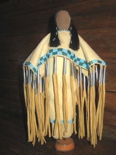 Corn husk dolls are a traditional Native American toy that was adopted by early European settlers.