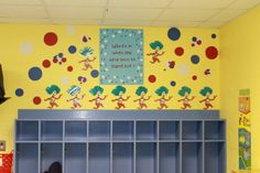 toddler classroom dr. seuss | Dr. Seuss classroom decorated by Mrs. Kelly. ... | Doctor Seuss pre-k ...