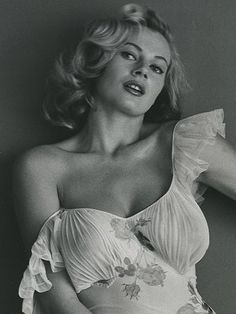 Kerstin Anita Marianne Ekberg is a Swedish actress, model, and sex symbol. She is best known for her role as Sylvia in the Federico Fellini film La Dolce Vita, (The Sweet Life, Anita Ekberg, Hollywood Glamour, Hollywood Stars, Classic Hollywood, Old Hollywood, Classic Beauty, Timeless Beauty, Beautiful People, Most Beautiful