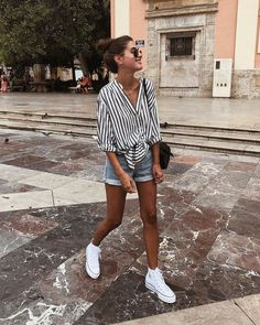 21 Easy Summer Streetwear for You to Look Fashionable Outfit Outfit Spring Outfit Women, Trendy Summer Outfits, Cute Casual Outfits, Outfits For Teens, Autumn Outfits, College Girl Outfits, School Outfits, White Short Outfits, Casual Style Women