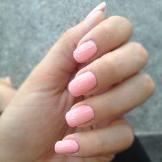 Peach nails I like this shape