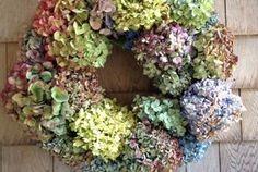 Fall Craftiness: Hydrangea Wreath