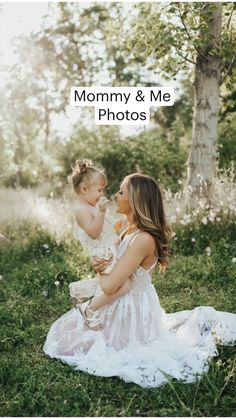 Mom Daughter Photography, Mommy Daughter Pictures, Mother Daughter Photography, Family Photography, Outdoor Baby Photography, Children Photography Poses, Baby Girl Photography, Image Photography, Maternity Photography