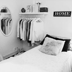 Like this for my guest bedroom. Cute open closet idea for guest bedroom. That way the actual closet can be used as extra storage. Still loving the crisp white rooms. Dream Bedroom, Home Bedroom, Bedroom Decor, Bedroom Ideas, Pretty Bedroom, Bedroom Inspo, Girls Bedroom, Decoration Tumblr, Tumblr Rooms