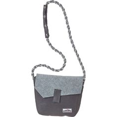 Bring along the essentials on your next downtown adventure with the Kavu Fernie Purse slung over your shoulder. Crafted with polyester felt and a rope strap, this stylish purse has room to keep your phone, keys, wallet, and small digital camera close at hand—which means you're able to capture the day in stride and style.