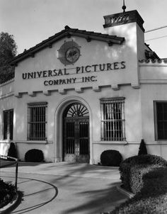 Universal Pictures Company, front entrance   1940