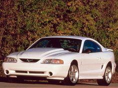 Ford Mustang SVT Cobra R (1995).