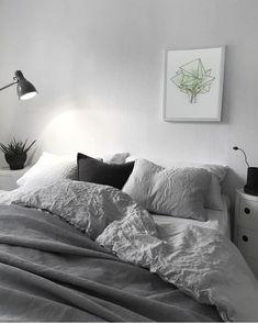 Polygonal Watercolor Green Tree Geometric Print, Home and Office Decor, Modern Art, Minimalistic Wall Print, Bedroom Printable Art Modern Bedroom Decor, Room Ideas Bedroom, Bedroom Art, Bedroom Inspo, Bedroom Designs, Modern Decor, Minimalist Bedroom, Minimalist Home, Minimalist Poster