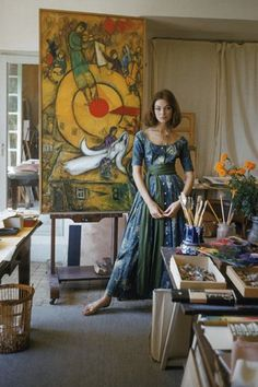 Model Ivy Nicholson wearing Claire McCardell in Marc Chagall's studio in Vence, France Mark Shaw for LIFE Magazine, 1955 photo print ad model long gown watercolor sheer Marc Chagall, Monet, Chagall Paintings, Claire Mccardell, Artists And Models, Life Magazine, Art Studios, Artist At Work, Picture Photo
