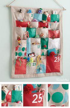 Diy christmas stockings for kids advent calendar Ideas for 2019 Advent Calendars For Kids, Diy Advent Calendar, Kids Calendar, Homemade Advent Calendars, Pocket Calendar, 2019 Calendar, Christmas Calendar, Christmas Countdown, Christmas Makes