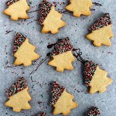 Bolachas sazonais ( natal ) com chocolate e confeitos