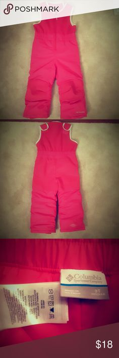 Columbia pink toddlers snow pants Pink toddlers 3T Columbia snowpants, zip up the front , Velcro on the shoulders, padded knees and elastic inside each pant leg, Columbia Bottoms