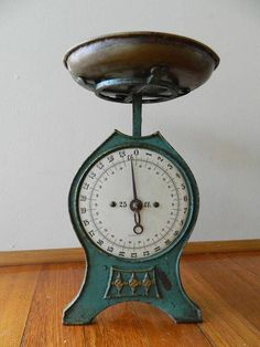 German Art Nouveau era Family Scales Antique Domestic Kitchen Scales c1910