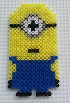 How cute is this Minion in Hama Beads!!    http://hamabeadpatterns.co.uk/2013/08/04/minion-from-despicable-me/