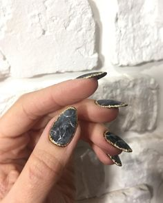 150 charming acrylic nail designs to try right now - - Nail Design Stiletto, Nail Design Glitter, Diy Nails, Cute Nails, Pretty Nails, Diy Nail Designs, Acrylic Nail Designs, Acrylic Nails, Oval Nails