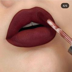 Makeup Geek, Makeup Addict, Eye Makeup, Maquillage Kylie Jenner, Matte Lipstick Shades, Beauty Hacks Lips, Sparkle Lips, Ultra Beauty, Lip Makeup Tutorial
