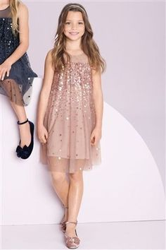 Mädchen Kleidung & Mode Online in Neuseeland - EziBuy NZ Frocks For Girls, Dresses For Teens, Little Girl Dresses, Girls Dresses, Girls Fashion Clothes, Little Girl Fashion, The Dress, Baby Dress, Girls Christmas Dresses