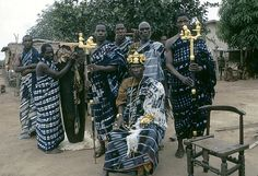 Ivory Coast men wearing Adire indigo clothes. From Adire African Textiles ((http://adireafricantextiles.blogspot.com/search/label/Baule)
