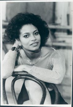 debbie allen height