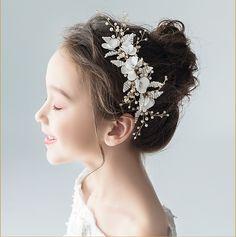 Bridal Comb, Bridal Headpieces, Bridal Hair, Pearl Headpiece, Flower Headpiece, Head Accessories, Wedding Accessories, Hair Upstyles, Wedding Hair Pieces