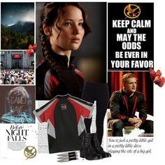Katniss, Peeta, Hunger Games, Hunger Games fashion, Capitol Couture, Capitol, Capitol fashion, halloween, Hunger Games Cosplay