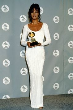 Whitney Houston - The Most Fabulous Grammy Red Carpet Looks of All Time