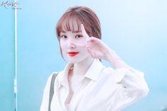 Gfriend Yuju, G Friend, Fan Art, People, Anime, Fashion, Ballerinas, Display, Moda