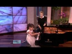 Amazing 3-year-old baby girl plays Grade 5 piano ~ 師承邱世傑 - YouTube