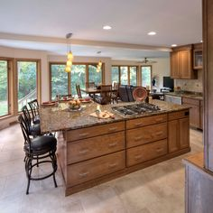 Not a bad seat in this #kitchen from Kitchens & Bathrooms by Callen @KitchenBathChan