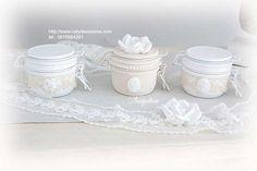 bocaux peint et relooké de dentelle NATYDECO  en vente sur mon site http://www.natydecocorse.com