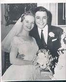 Actress (The Brady Bunch) and singer Florence Henderson married Ira Bernstein in January 1956. They divorced after 29 years.