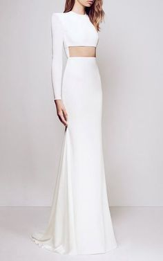 Get inspired and discover Alex Perry trunkshow! Shop the latest Alex Perry collection at Moda Operandi. Evening Dresses, Prom Dresses, Formal Dresses, Long Dress Formal, Wedding Dresses, Trendy Dresses, Fashion Dresses, Fashion Clothes, Column Dress