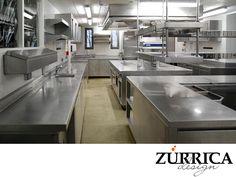 LAS MEJORES COCINAS INDUSTRIALES. En Zurrica Design le ofrecemos equipos de acero inoxidable de la mejor calidad, para que su cocina cumpla con todos los estándares de higiene y seguridad, desde el diseño hasta la instalación. Le invitamos a conocer más sobre nuestro trabajo a través de nuestra página web. Fomentamos relaciones transparentes para generar el éxito en común.  #lasmejorescocinasindustriales Kitchen Work Tables, Big Kitchen, Restaurant Kitchen, Kitchen Equipment, Food Preparation, Book, Home Decor, Industrial Kitchens, Kitchen Interior