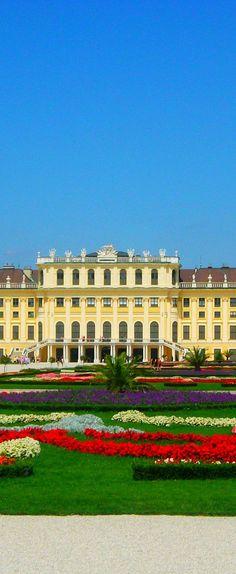 Schönbrunn Palace - Vienna | Austria