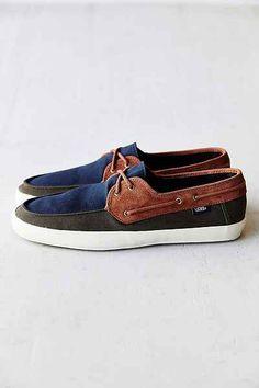 7323cd454a7b3 Vans Surf Chauffeur Tri-Tone Mens Sneaker - Urban Outfitters