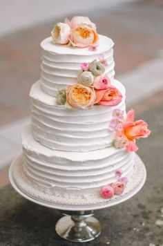 shade of pink and orange spring wedding cakes/  rustic chic spring wedding cakes