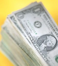 4 Personal Finance Tips to Avoid Running Out of Money Each Month