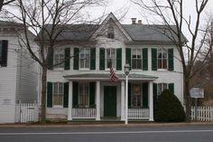 Strawberry Inn c.1837. Historic Bed & Breakfast in New Market, MD