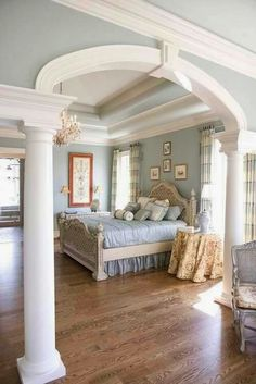 Crown molding and vaulted ceilings