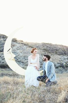 Dapper Paper Moon Backdrop with Bench for 1920s Speakeasy Parties, Gatsby Inspired Weddings and Engagements