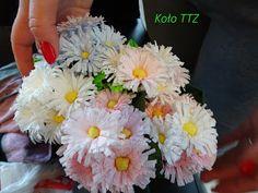 #rękodzieło #kwiaty #wiosenne #bukiety #krepina Koło Technik Trochę Zapomnianych: KURA WSPIERA - MARCOWA WYLĘGARNIA KUR