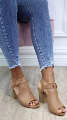 Camel heels, block heel, camel sandals, summer shoe, summer sandal, buckle heel, sandal heels, peep toe heels T Strap, Ankle Strap, Camel Sandals, Fashion Shoes, Fashion Accessories, Sandal Heels, Wedge Boots, Block Heels, Luxury Fashion